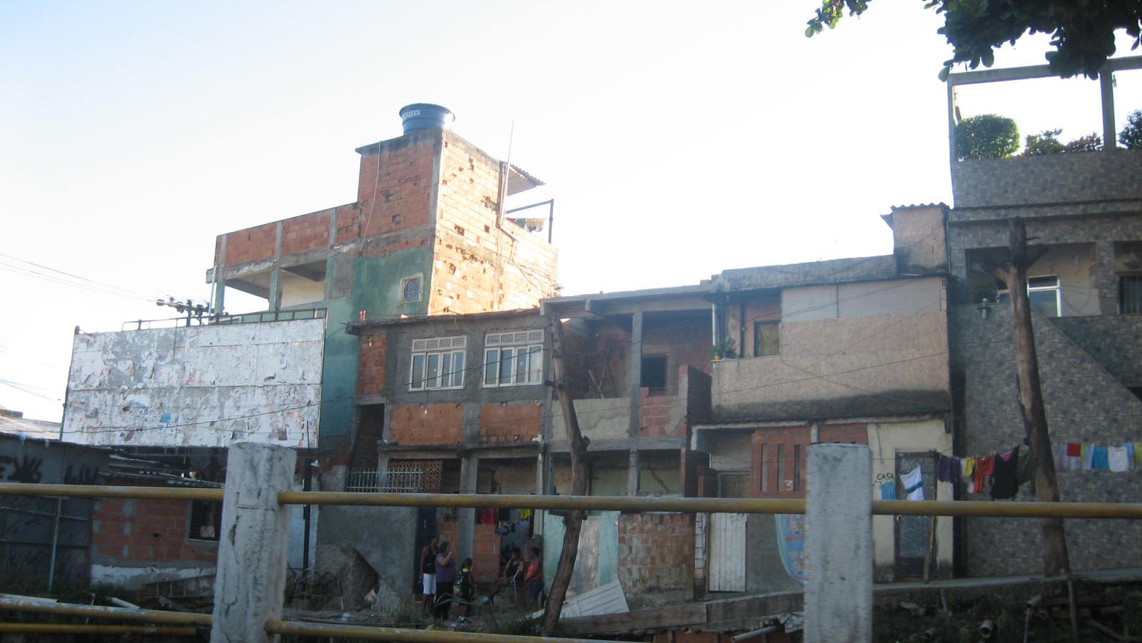Casas na favela do Jacarezinho, no Rio de Janeiro, Brasil